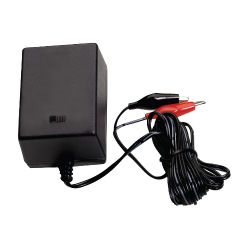 American Hunter 6/12V Battery Charger - Coastal Ag Supply